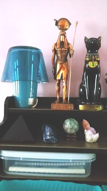 Various crystals in my bedroom - Esther Neela Blog