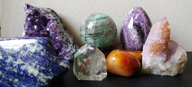 various crystals around my bedroom - esther neela blog