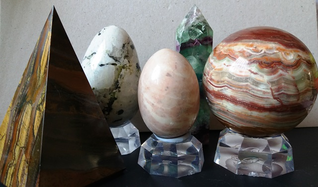 Various crystals found on my elder son desk - esther neela blog